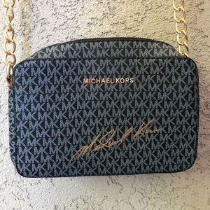 Fake Michael Kors crossbody purse